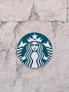 Nazwa i logo firmy. Co lepiej zastrzec?