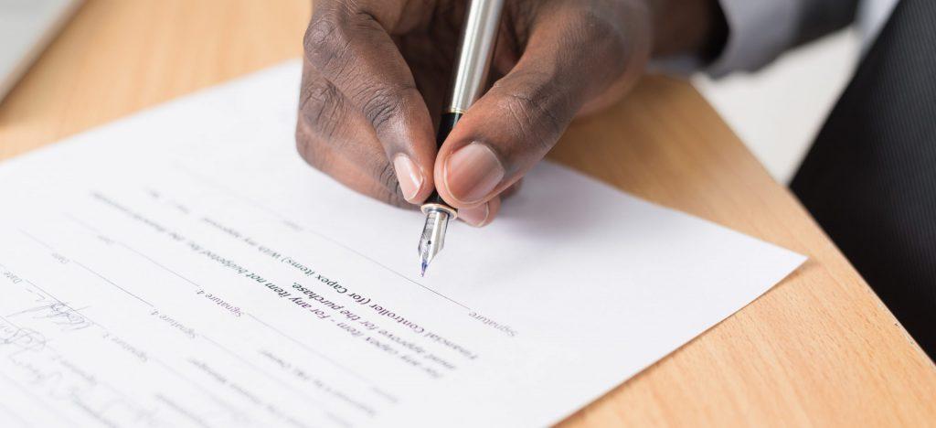 Zwłoka i opóźnienie w umowach